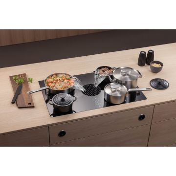 BORA X PURE SURFACE COOKTOP WITH INTEGR EXTRACTOR